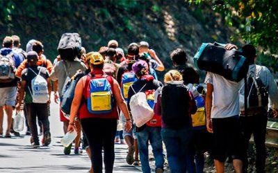Perú anuncia proyecto para beneficiar a migrantes venezolanos